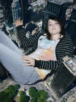 Giantess Ellen Page by docop