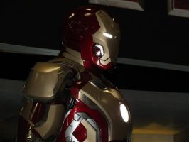 Iron Man 3 Mk VIII Armored Suit (9) by Scarlighter