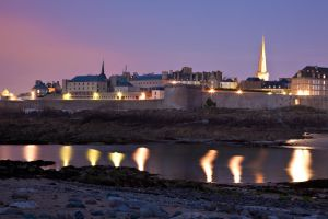Saint-Malo Twilight I by hydrodjinn