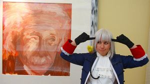 Prussia derps around with art by Spwinkles
