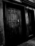 Door by DecayingGravity