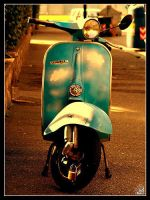 vespa by amy-amy
