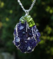 Amethyst Geode by AniqueDesigns