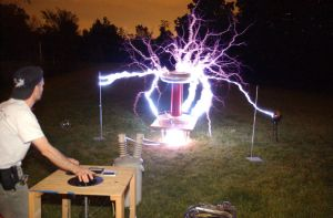 Tesla Coil 1 by mmad-sscientist