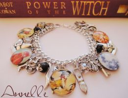 Power of the Witch bracelet by Anne-Claire-Annelle