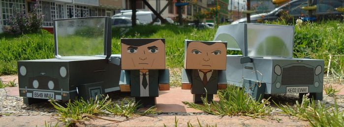 James Bond... And his rides (Cubeecraft) by LostMagikNyram