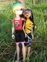 MH Picnic-Cleo and Deuce by Bj-Lydia