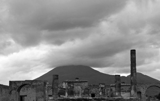 Pompeii by aislingg