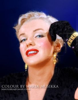 Marilyn Monroe v.2 ~~1950~~ colourised by Maria-Musikka