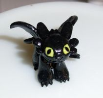 Standing Toothless Figurine by happysquidmuffin