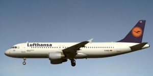 Airbus A320 Lufthansa by Emigepa
