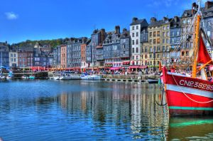 Honfleur Harbour by RickardHa