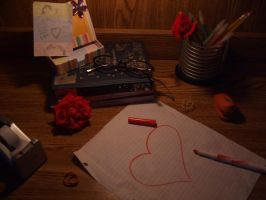 Desk of a Hopeless Romantic by TeenTitans4EVER