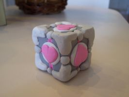 Companion cube is Love by sapphire-dolphin