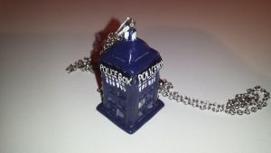Polymer Clay Tardis by RoseWolf11