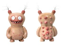 Ugly Ugly Doll by lukechueh