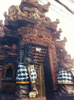 Balinese Temple by shangerz