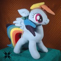 Old model Rainbow Dash with movable head by Oblitor