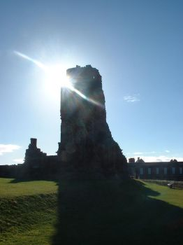 Whitby Abbey in the Sun by Panselinos