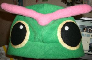 Caterpie Hat by hoshi-kagami