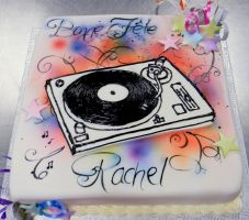 DJ wannabe cake by buttercreamfantasies