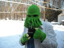 Cthulhu Hat and Gloves by CraftyPA