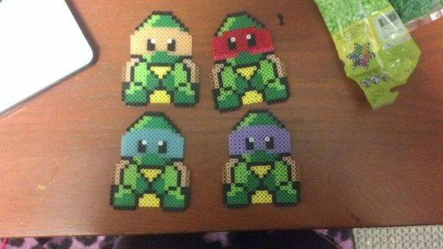 TMNT gang by purpurroterNachthim
