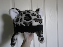 Snow Leopard hat by Bwabbit
