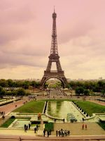 Magnificent Eiffel Tower by nanusek