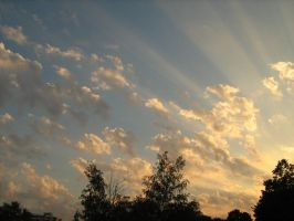 SunRay Clouds by Midnight-Green