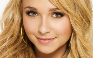 Hayden Panettiere 002 by vesperTiLo