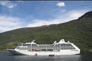 Cruise ship Flaam, Norway 1 by enframed