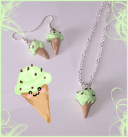 Mint Choclate chips ice cream by PookieTookieJewelry