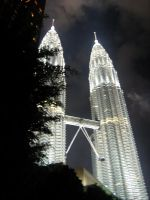 Petronas Twin Towers by flamable77