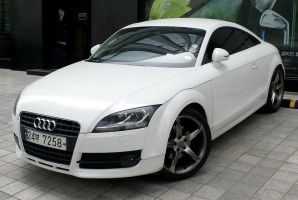 Smooth and Exquisite, Audi TT-S by toyonda