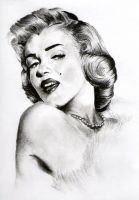 Marilyn Monroe by BeaDc