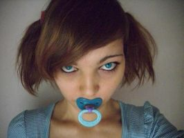 Blue pacifier, blue eyes by Esarina