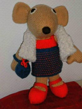 Mona Mouse.( Hand knitted) by Supach