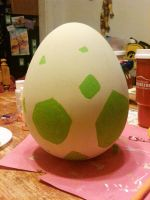 Pokemon Egg by Doelyn
