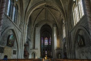 Basilique 2 Le Mans Sarthe France by hubert61