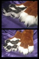 Tiger's hand paws by KandorinCreations