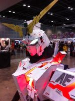 Unicorn Gundam by pink-fishy