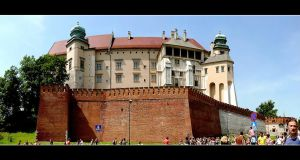 Wawel - King's Castle In Cracow - Panorama by skarzynscy