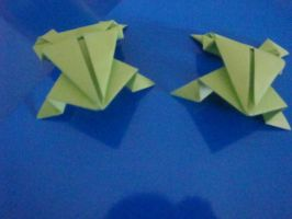 Origami Frogs by Path-of-Sendo