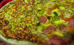pizza by FaridaF