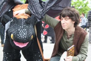 Hiccup what are you doing? by Tsukune