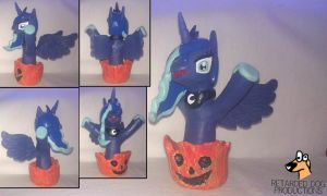 Princess Luna Halloween sculpture by RetardedDogProductns