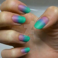 Ombre nails by siljejo96