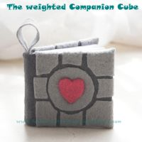 The weighted companion cube by SongThread