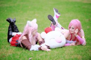 Final Fantasy cosplay by ZombieQueenAlly
